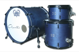 Deep Blue Satin Stain / Black Hardware