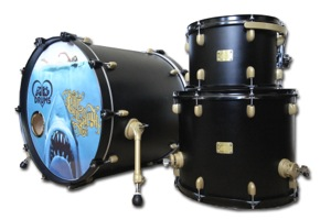 Matt Black Paint / Metallic Gold Hardware