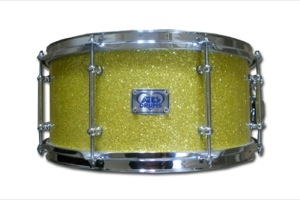 Yellow Glass Glitter / Chrome Hardware