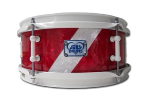 Red & White Pearl Diagnal Stripe / White Hardware