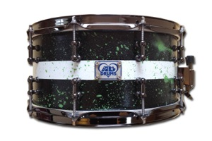 Black Paint With Green Splatter / Black Nickel Hardware