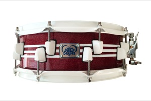 Burgundy Sparkle / White Stripes / White Hardware