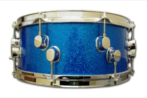 Blue Sparkle / Chrome Hardware